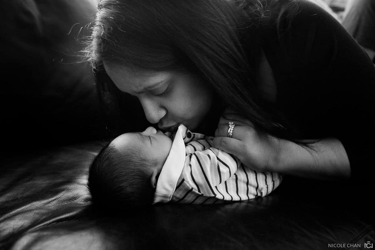 Boston-newborn-photography-candid-natural-BabyRonan-nicolechan-058
