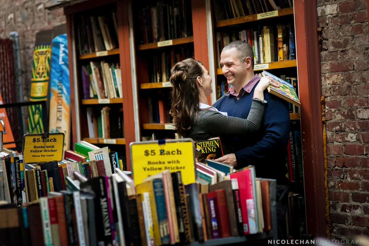 molly-matt-001-brattle-bookstore-boston-massachusetts-wedding-photographer-nicole-chan