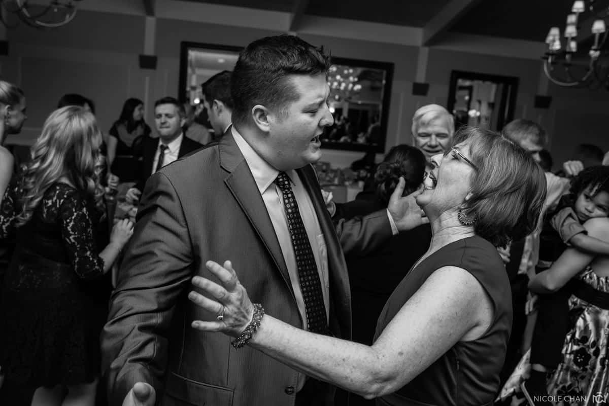 michelle-mike-106-oakley-country-club-watertown-massachusetts-nicole-chan-photography