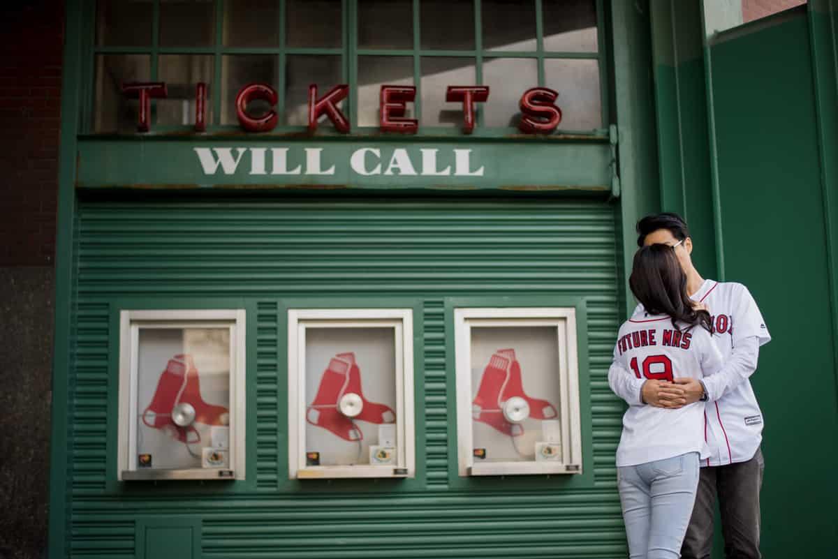sharon-john-newbury-st-boston-engagement-photos-nicole-chan-photography-016