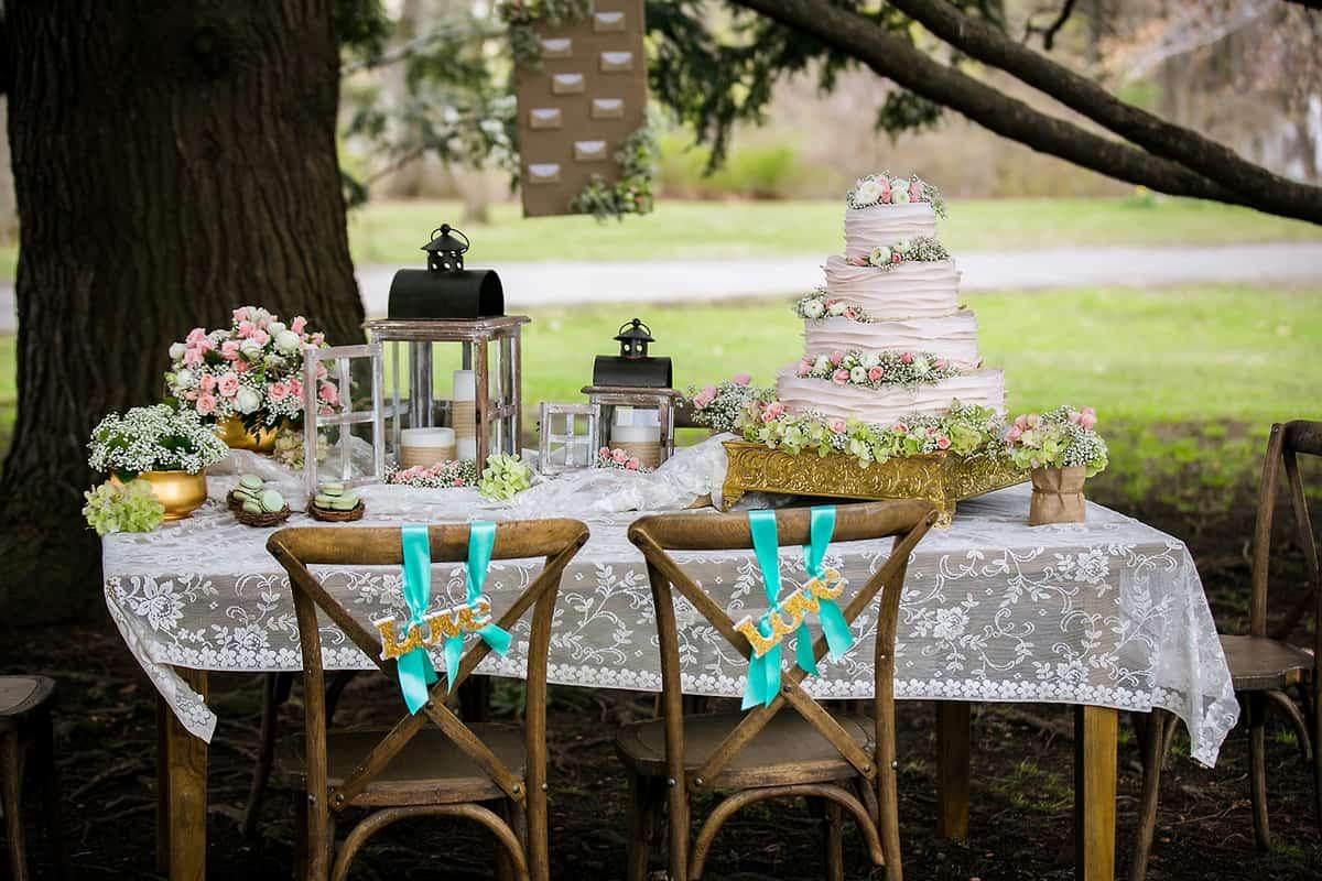 boston gold and pastel green wedding theme