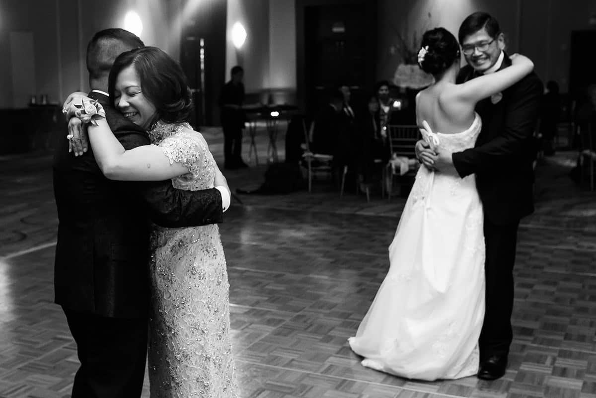 Natalie-Ryu-Renaissance-Hotel-Wedding-Photography-Nicole-Chan-Photography-651(2)