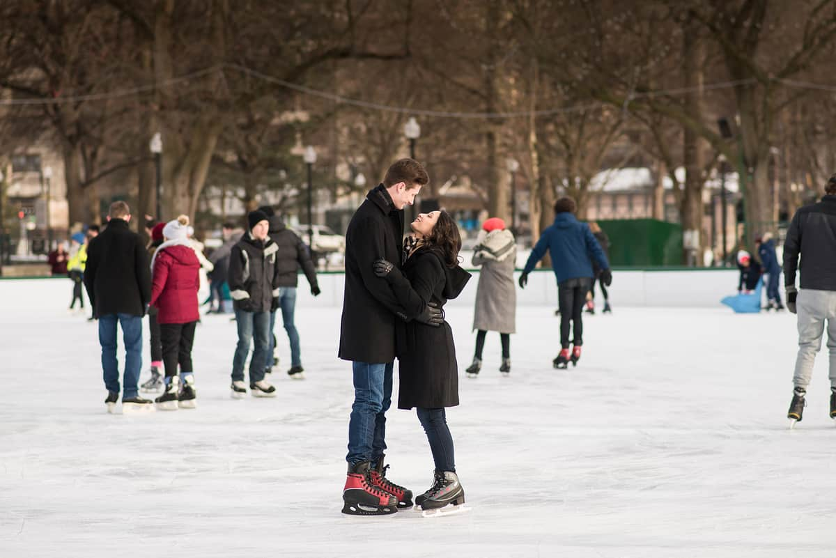 Nikki-Tim-Boston-Common-Frog-Pond-Engagement-Session-Photos-Boston-Engagement-Photographer-Nicole-Chan-FAVORITES-004.jpg