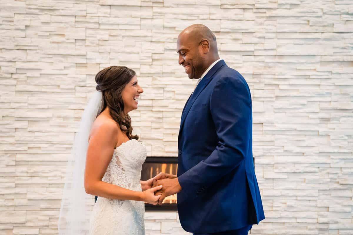 Ally-Jason-Lakeview-Pavilion-Foxborough-Massachusetts-wedding-photographer-nicole-chan-0007