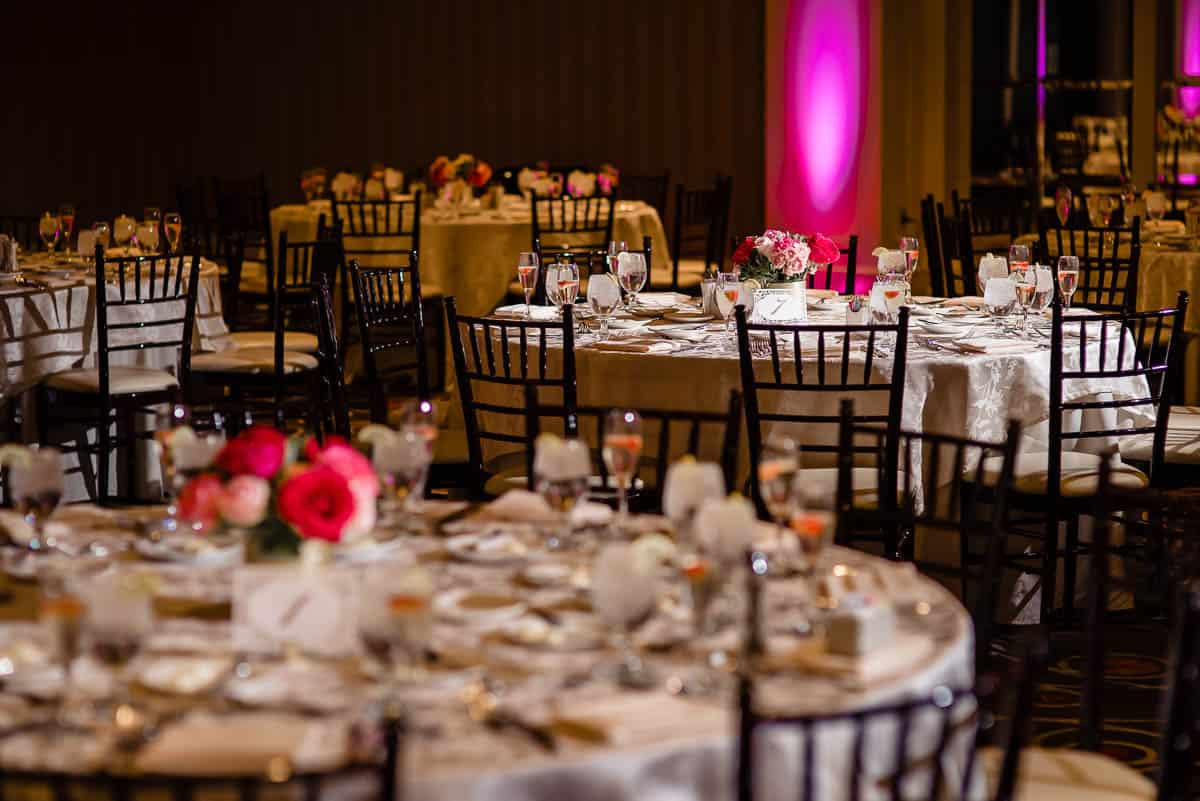 jenny-allen-four-points-by-sheraton-norwood-wedding-photographer-nicole-chan-photography-020