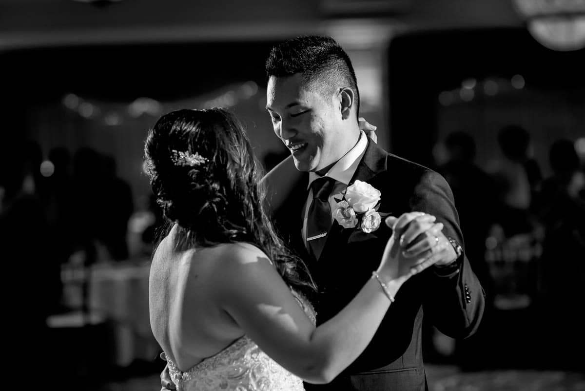 jenny-allen-four-points-by-sheraton-norwood-wedding-photographer-nicole-chan-photography-022