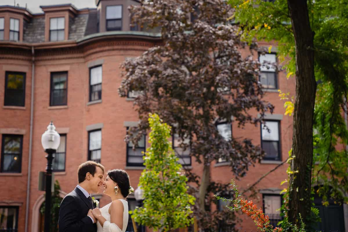 Pareesa-Jamie-City-Hall-Boston-wedding-photographer-Nicole-Chan-Photography-42