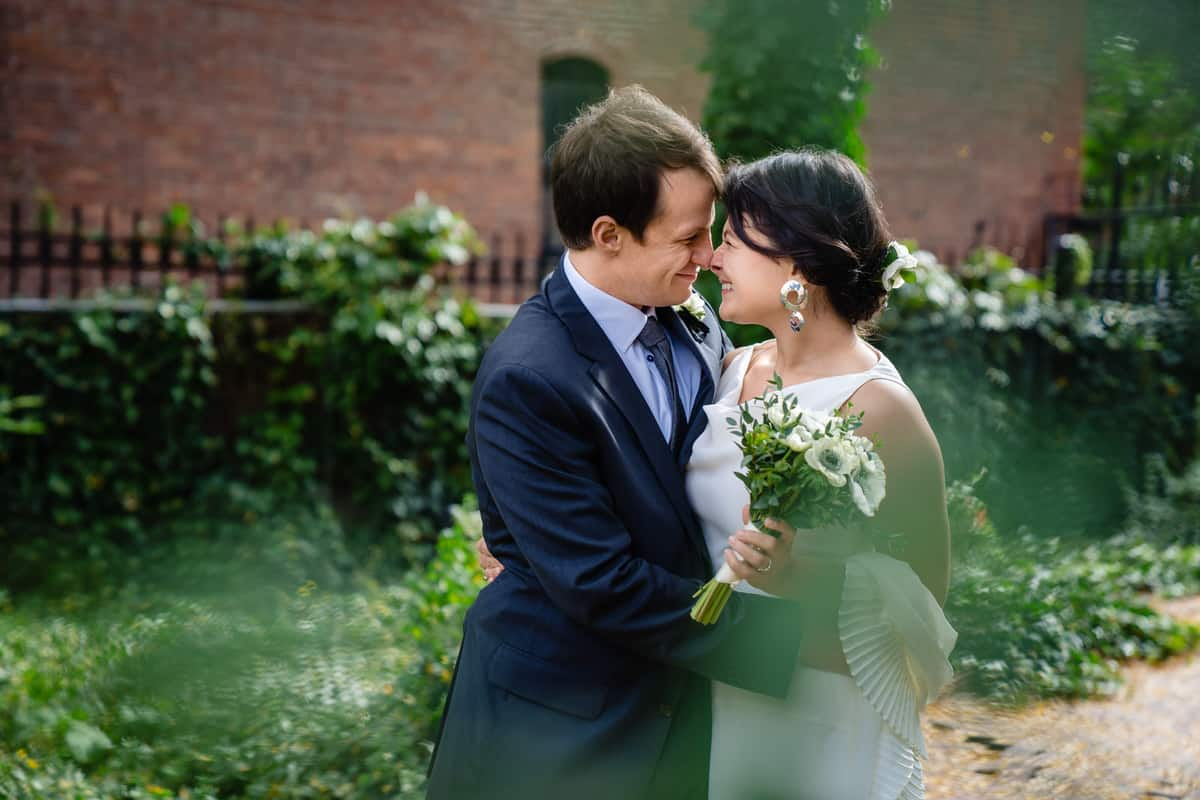 Pareesa-Jamie-City-Hall-boston-wedding-photographer-Nicole-Chan-Photography-8