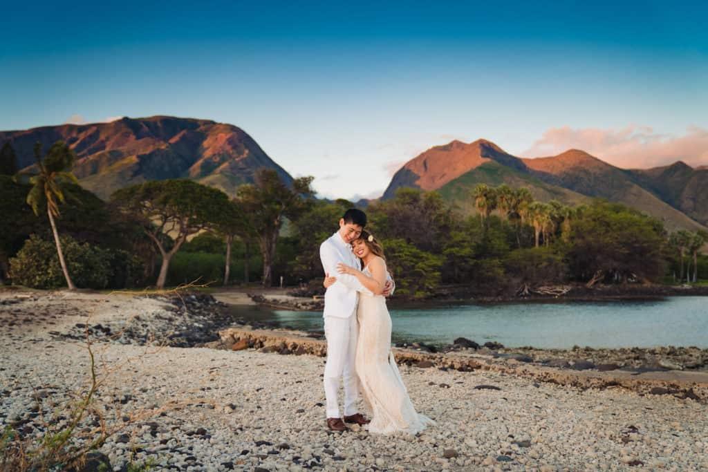 Maui Olowalu Plantation House Wedding by Maui Hawaii Destination Wedding Photographer Nicole Chan