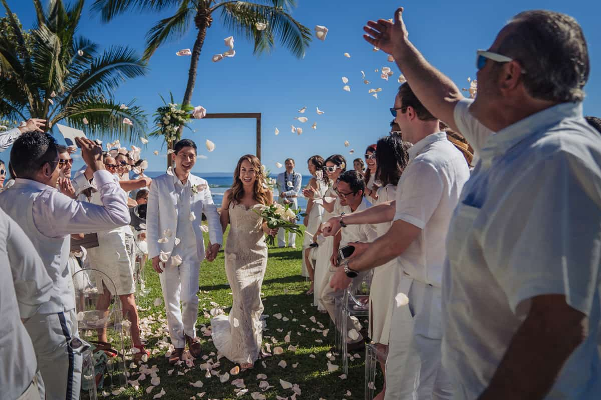 Ashely-Jonathan-Olowalu-Plantation-House-Maui-Wedding-Maui-Hawaii-Destination-Wedding-Photographer-Nicole-Chan-Photography026