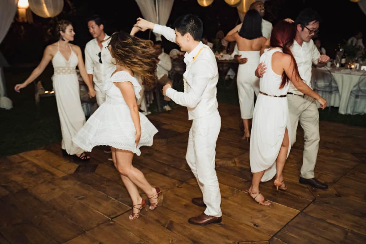 Ashely-Jonathan-Olowalu-Plantation-House-Maui-Wedding-Maui-Hawaii-Destination-Wedding-Photographer-Nicole-Chan-Photography055